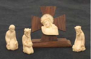 Picture of European Catholic Religious 4 pcs. Carved bone figures Set